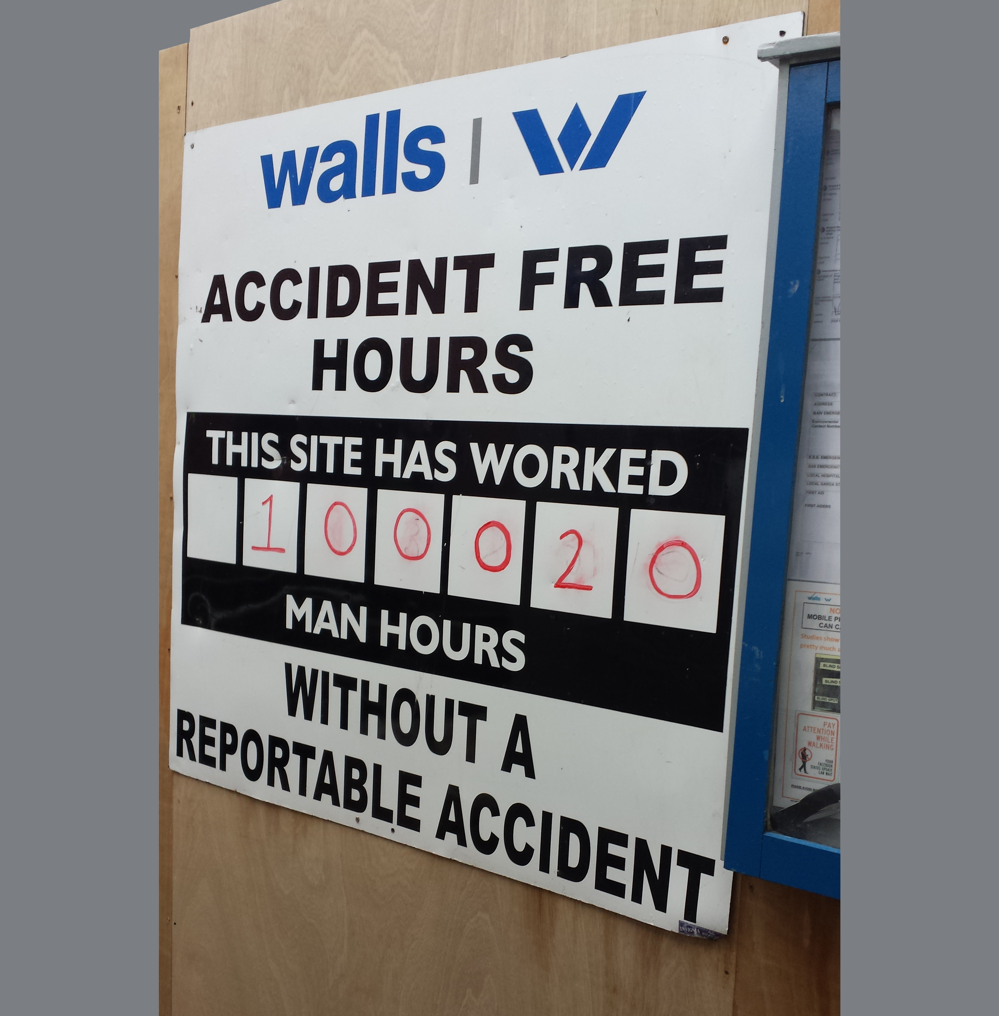Dublin Landings achieves over 100,000 accident free man-hours ...